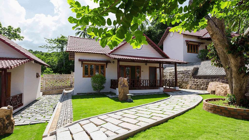 """Sunshine Bungalow là biệt thự gồm nhiều """"biệt thự mini"""" được xây dựng trong không gian xanh"""
