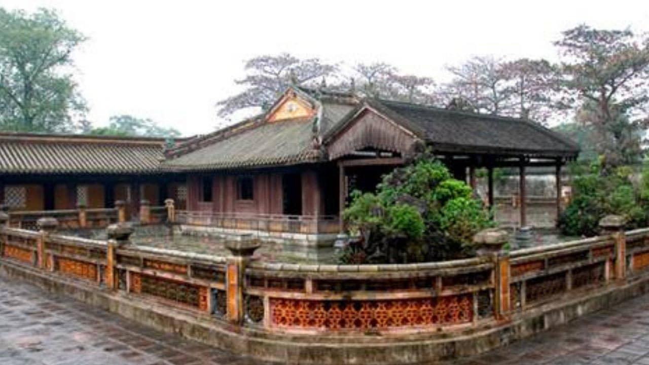 Cung Diên Thọ -  địa điểm du lịch Huế