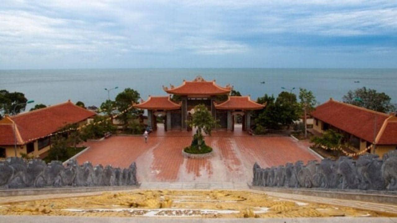 Thiền Viện Trúc Lâm - chùa hộ Quốc ahalong.com