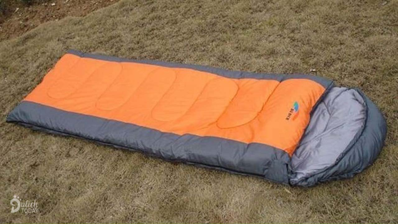 Túi ngủ - dụng cụ cần thiết khi đi cắm trại mang đến giấc ngủ ngon