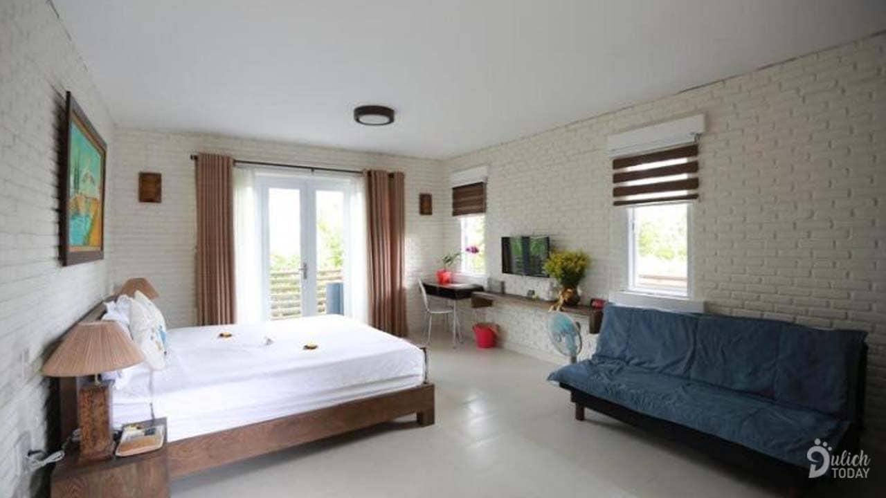 Phòng Suite Balcony với diện tích 45m2với không gian thoáng và đầy đủ tiện nghi