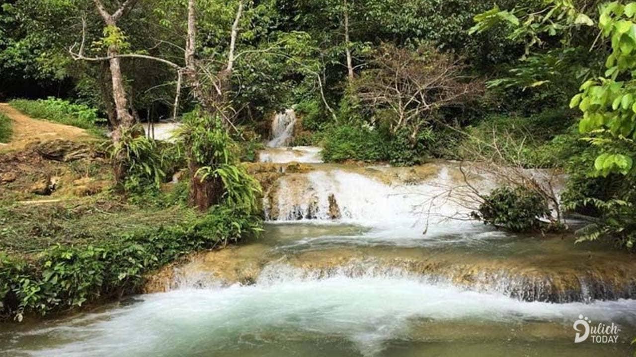 Suối Hiên gần Bản Hiêu Garden Lodge Homestay