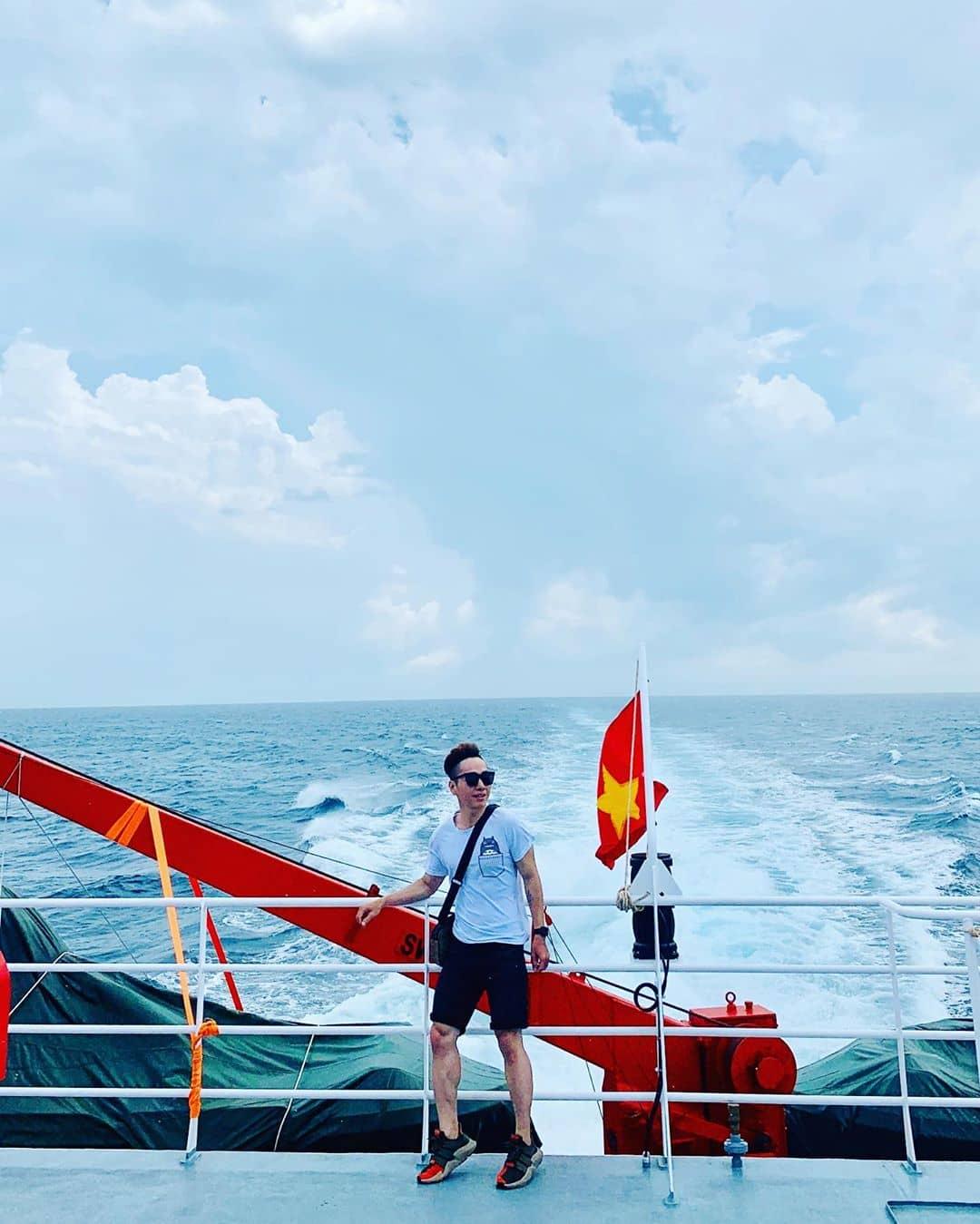Khu vực trên boong của tàu