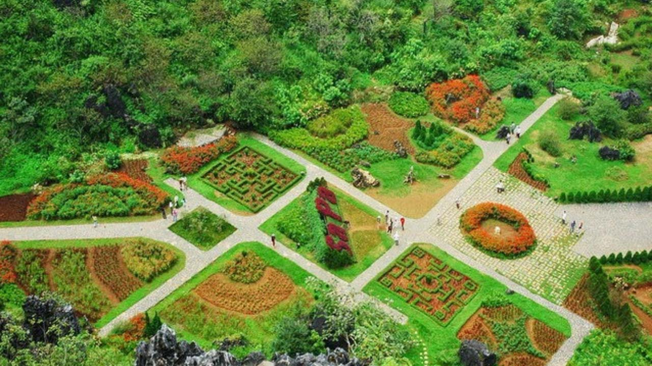 Khu du lịch Hàm Rồng - một trong những điểm đến hấp dẫn trong tour