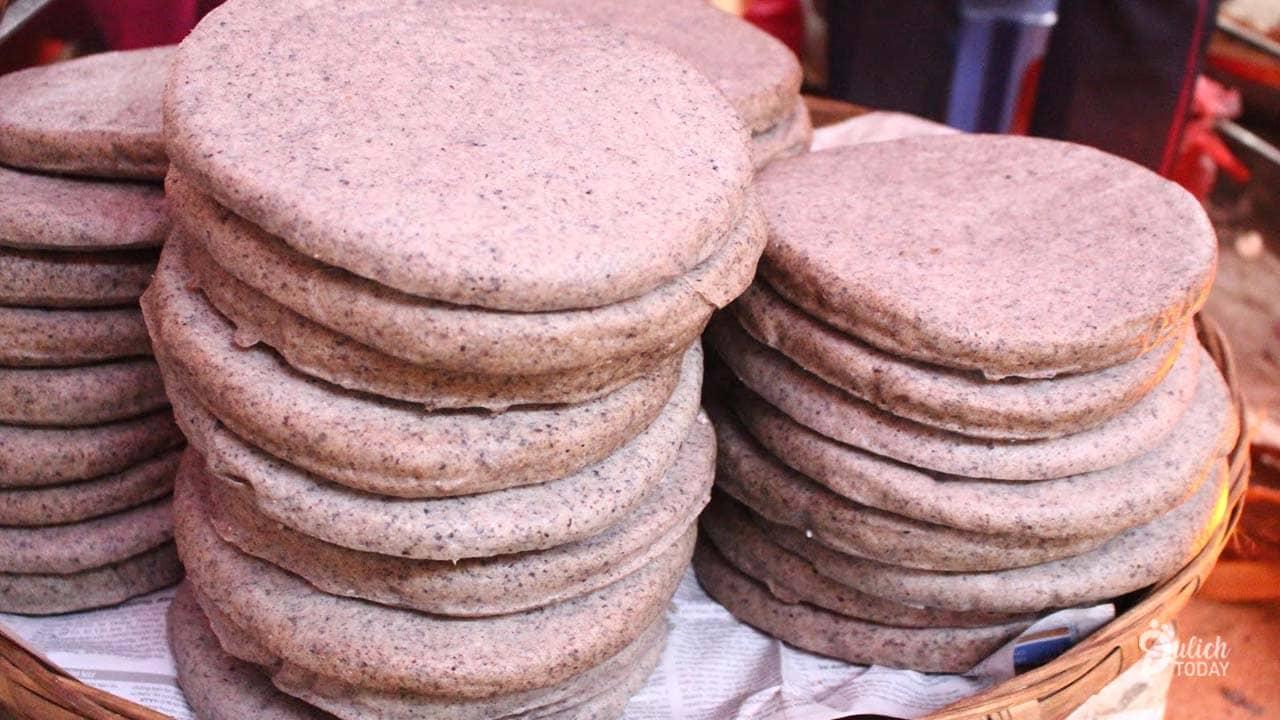 Du lịch Hà Giang tháng 11 đừng quả qua đặc sản bánh tam giác mạch