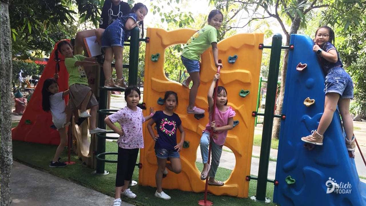 Khu vui chơi cho các bé ở Hoàng Long Resort