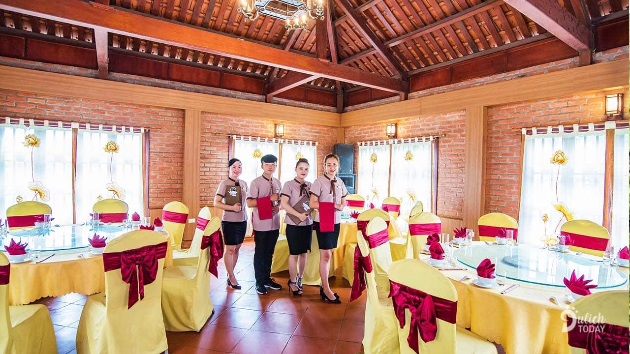 hoang-long-resort-nha-hang-luc-thuy