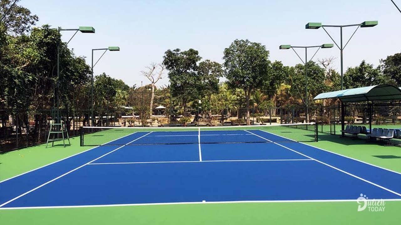Sân tennis tại Hoàng Long Resort