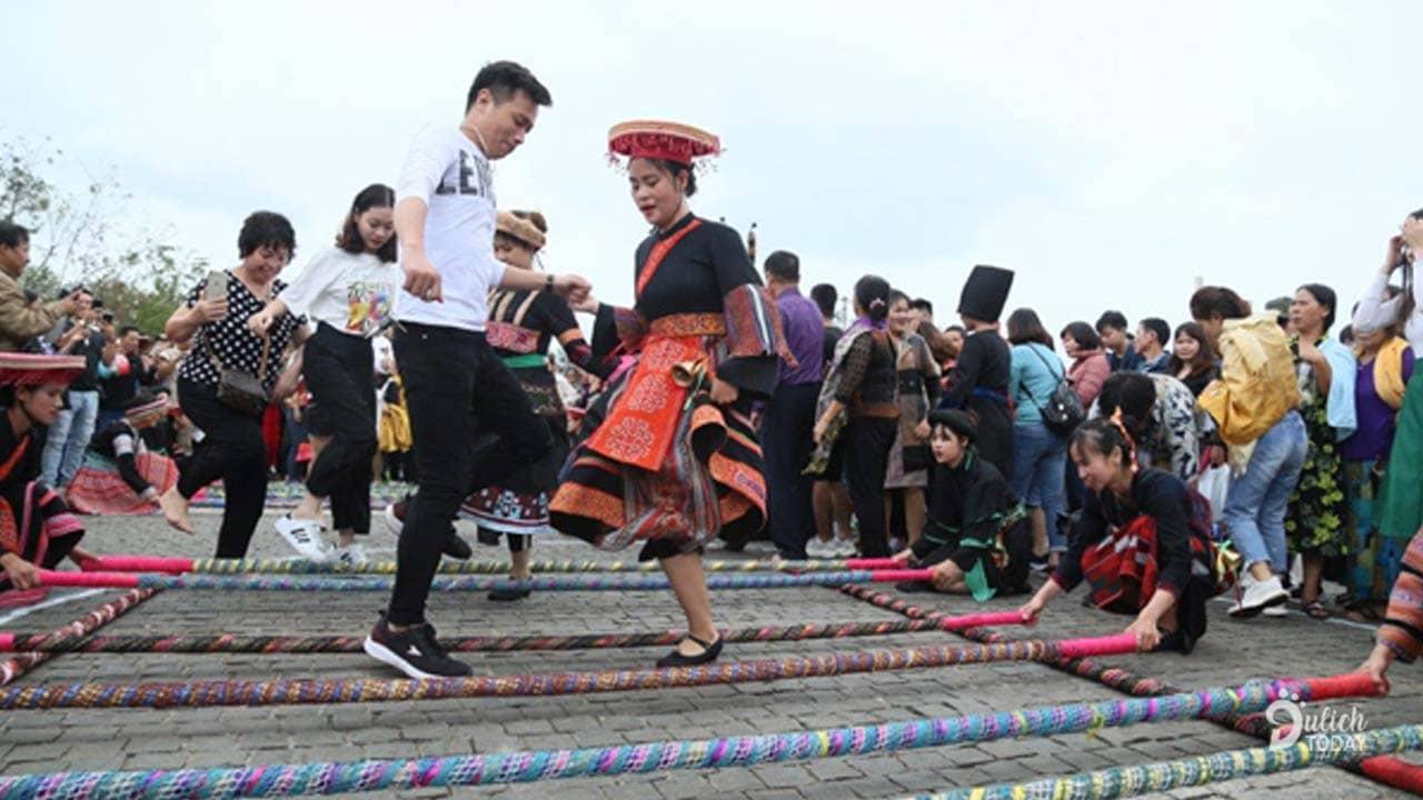Nhảy sạp đông kỷ lục Việt Nam