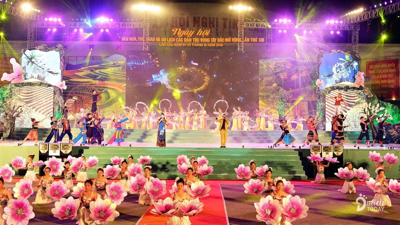 Ngày hội Văn hóa, Thể thao và Du lịch các dân tộc vùng Tây Bắc được tổ chức hoành tráng năm ngoái (2018)