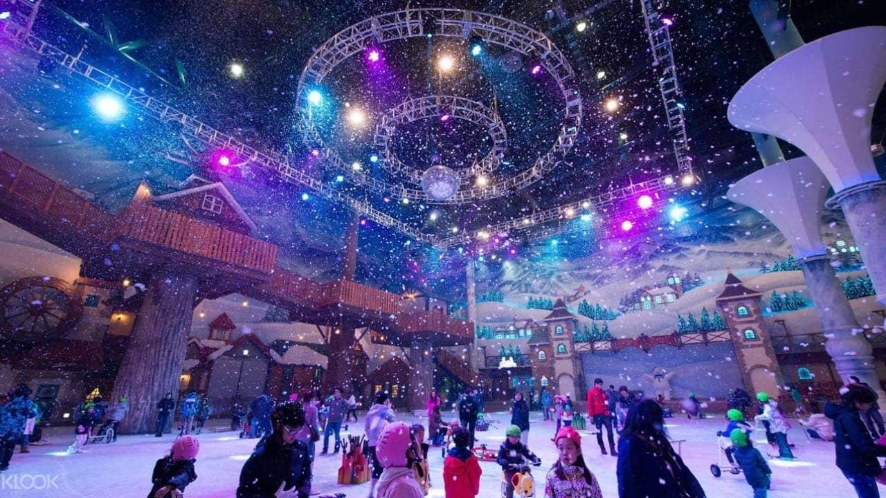 Trải nghiệm trượt tuyếtsớm giữa mùa thu tại One Mount - công viên tuyết trong nhà hiện đại nhất của Hàn Quốc