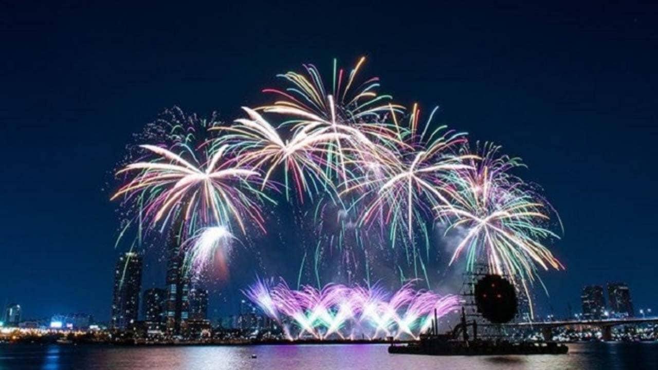 Seoul lung linh lễ hội pháo hoa lớn nhất Hàn Quốc tháng 10