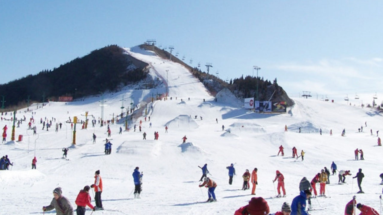 Tháng 12 du lịch Hàn Quốc: trải nghiệm trượt tuyết đầu mùa