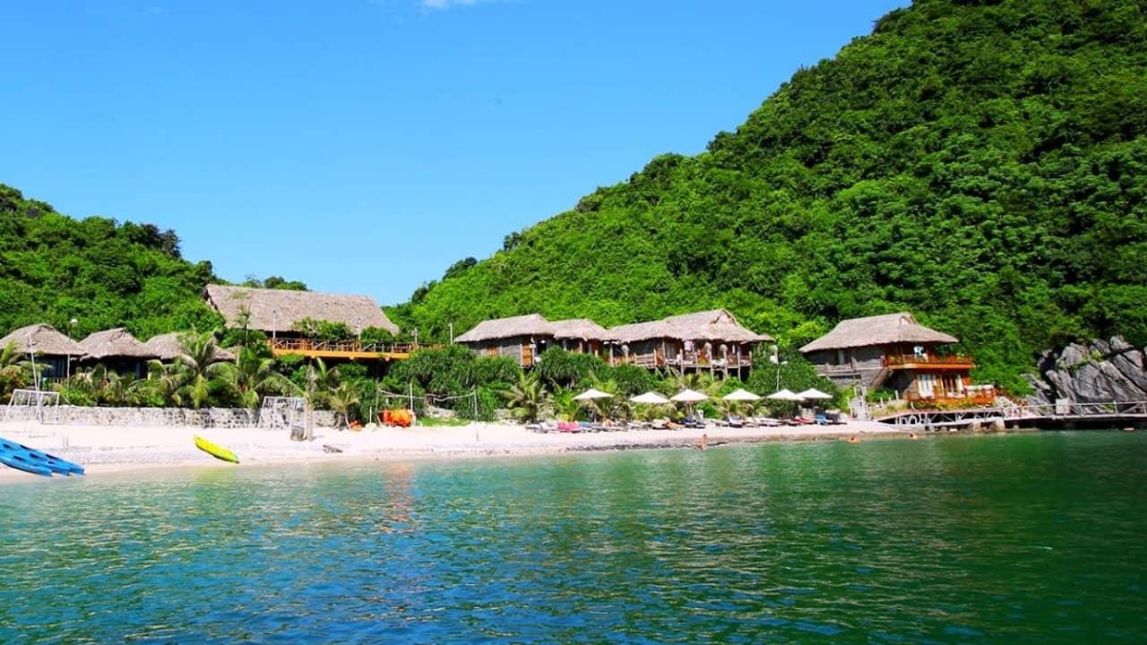 Đảo khỉ - hòn đảo nổi tiếng nhất tại vịnh Lan Hạ