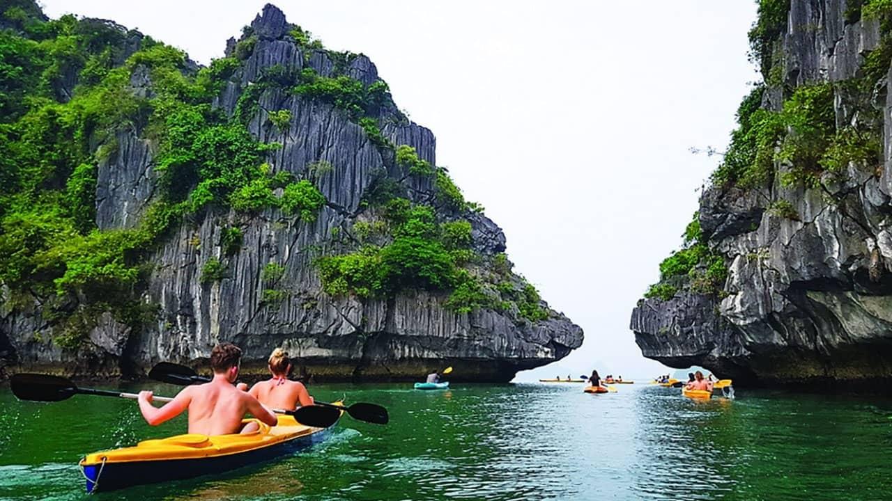 Top 3 tour vịnh Lan Hạ GIÁ RẺ NHẤT