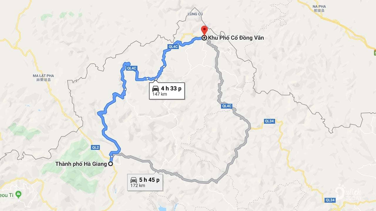 Phố cổ Đồng Văn cách thành phố Hà Giang khoảng 150km