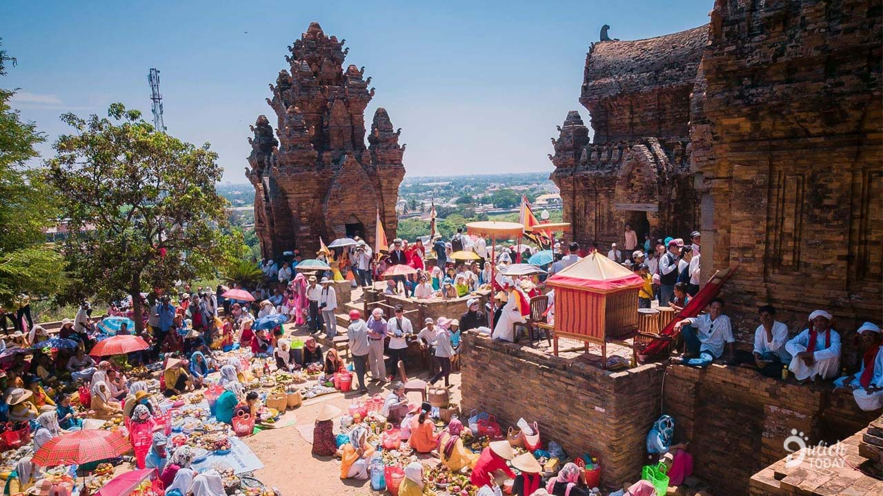 Lễ hội Katê 2019 được tổ chức tại cụm tháp Chàm hùng vĩ và cổ xưa ở thành phố Phan Rang