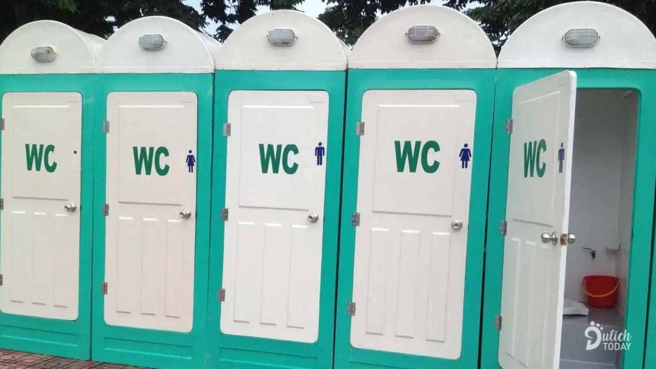 Hệ thống nhà vệ sinh lưu động sẽ được lắp đặt xung quanh sân vận động mang đến sự thuận tiện cho du khách hơn những năm trước