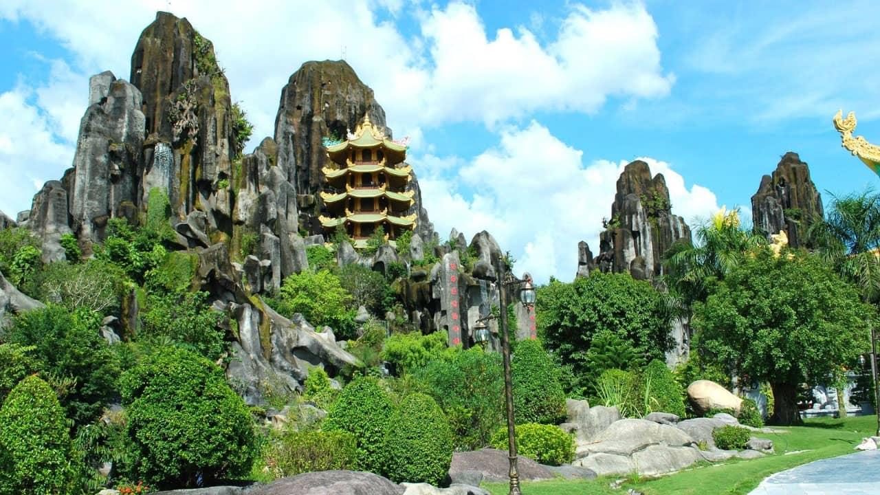 Ngũ Hành Sơn - điểm đến hấp dẫn trong tour Đà Nẵng Hội An 1 ngày