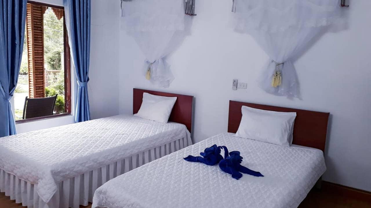 Phòng ngủ đầy lãng mạn tại Tràng An Central Homestay
