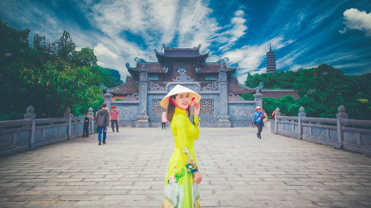 Thời điểm lý tưởng để tham quan chùa Bái Đính là mùa xuân