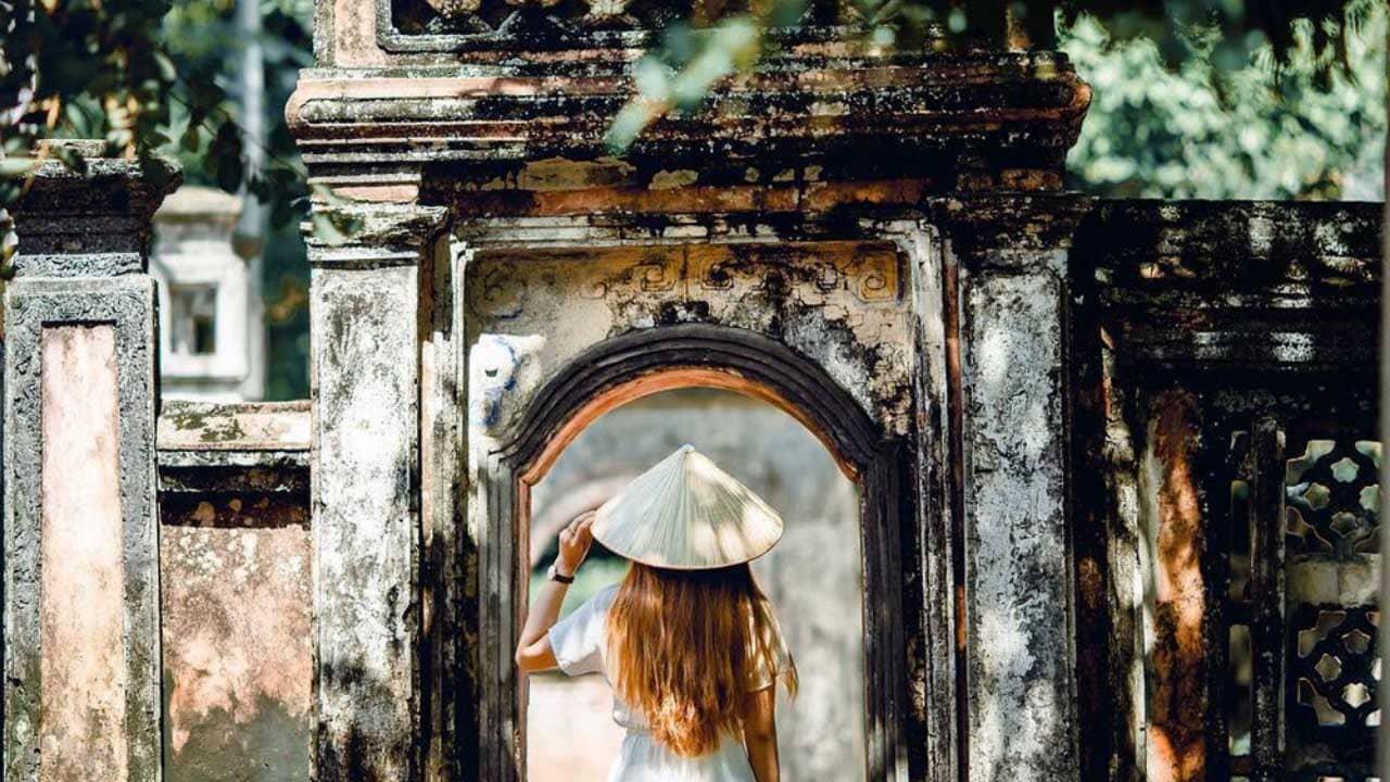 Khu di tích lịch sử Cố đô Hoa Lư là địa điểm du lịch Ninh Bình mang đậm giá trị lịch sử của dân tộc.