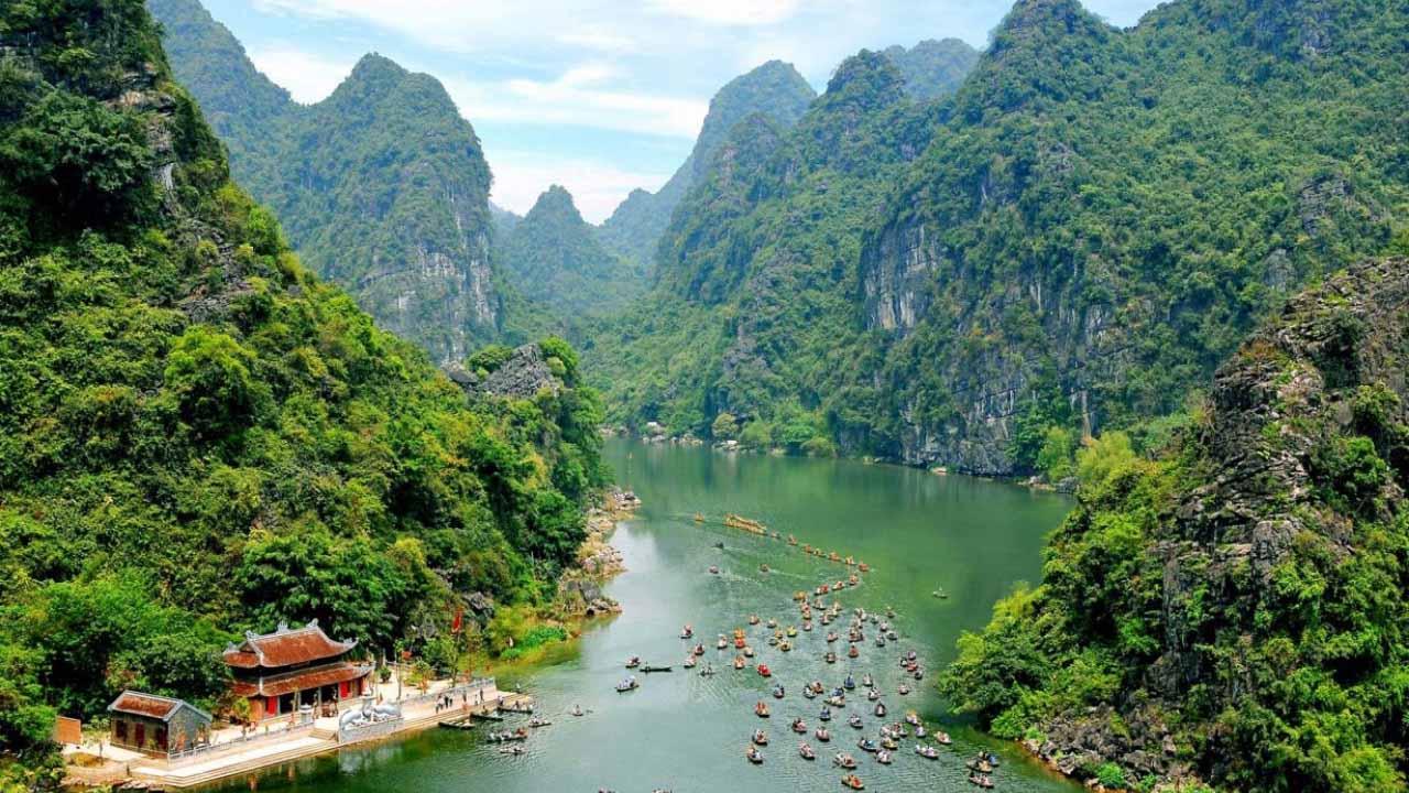 Tỉnh Ninh Bình mở cửa tất cả các địa điểm, khu du lịch