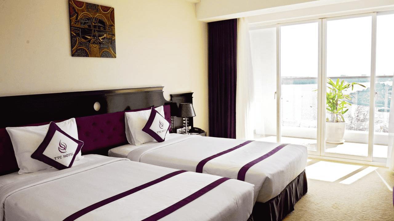 Khách sạn Cần Thơ sang chảnh bậc nhất TTC Hotel Premium