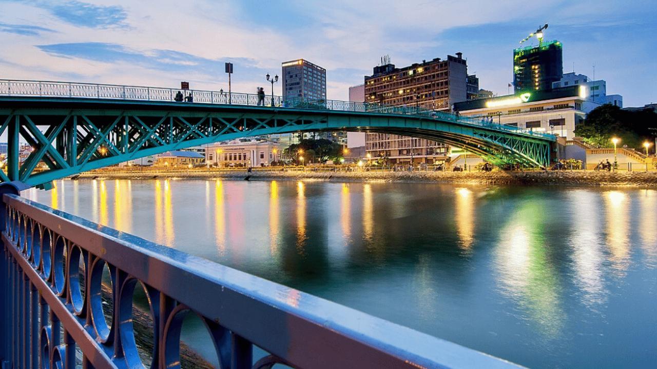 Cầu Mống là địa điểm hẹn hò đầy quen thuộc