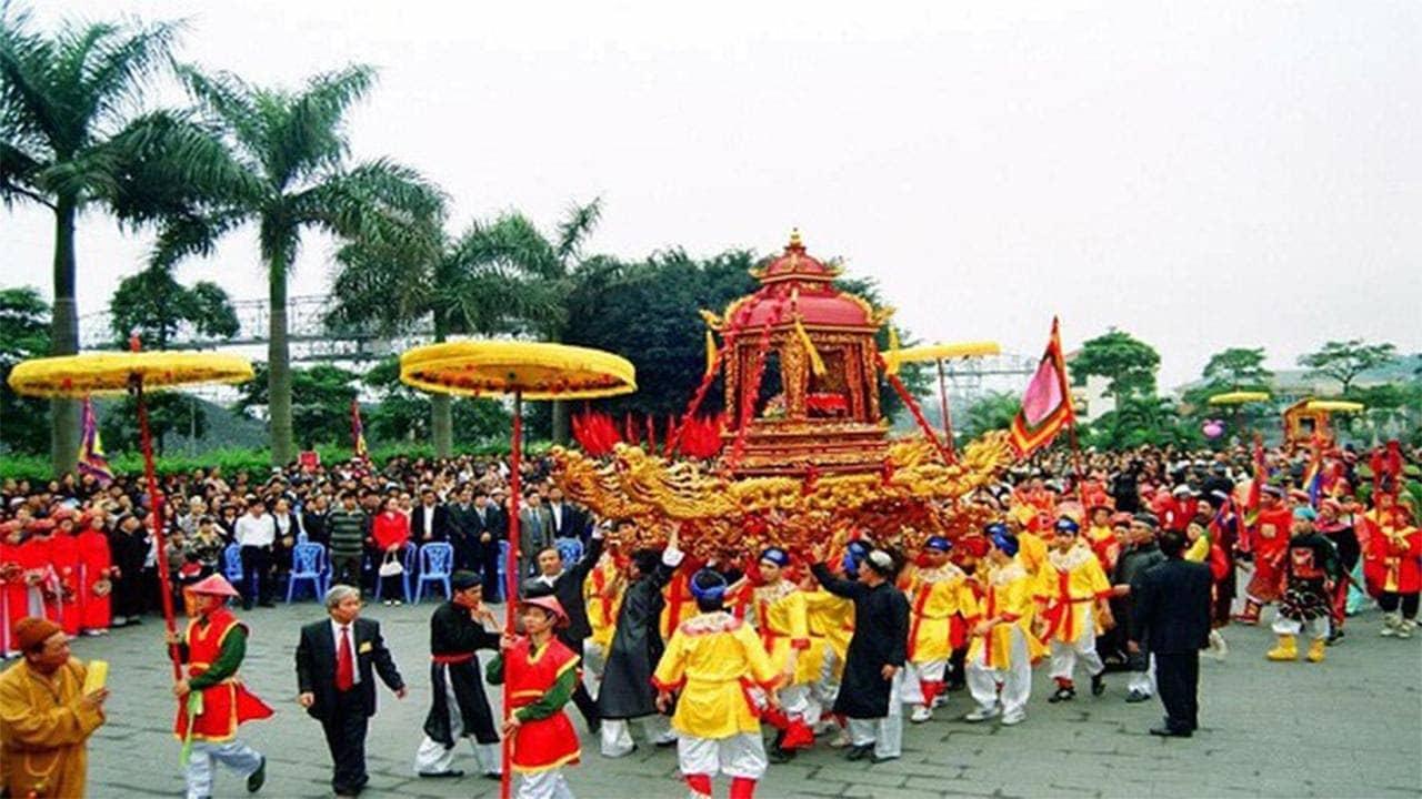 Phần lễ rước kiệu bài vị Trần Quốc Tảng