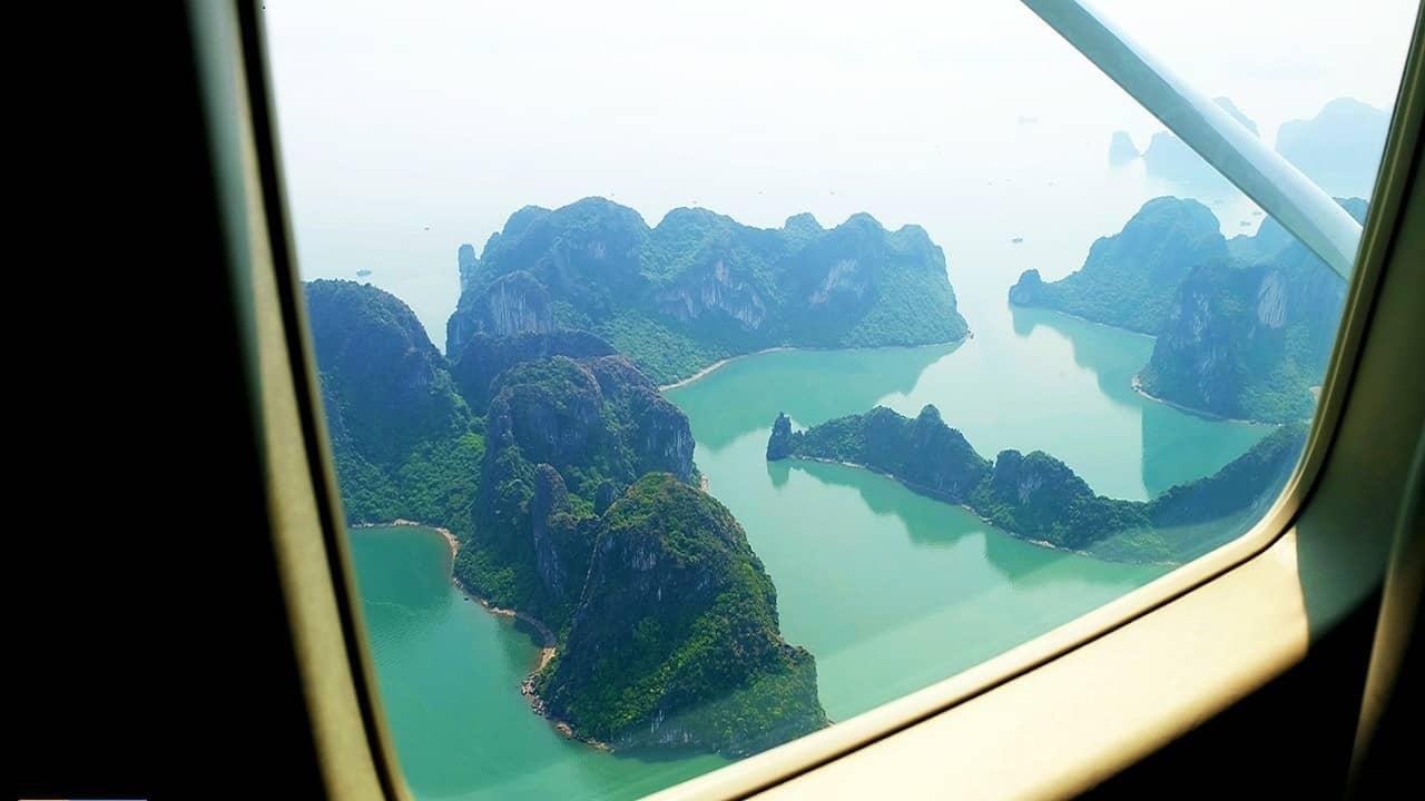 Bay ngắm cảnh vịnh Hạ Long