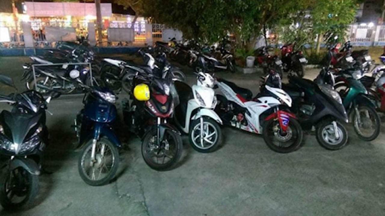 Thuê xe máy Hải Nam