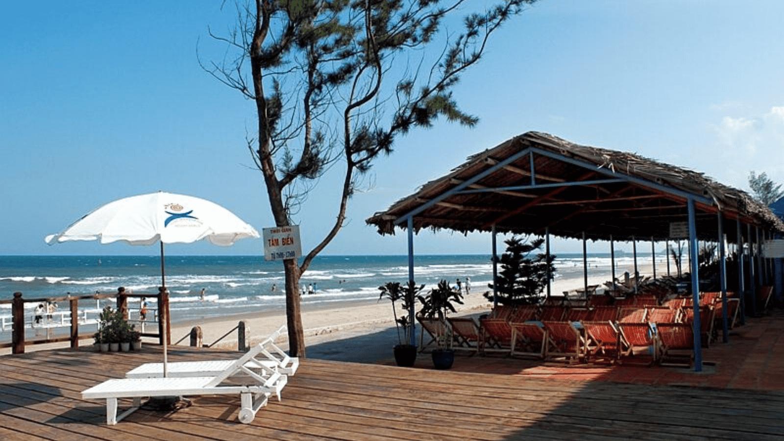 Khu du lịch cạnh biển với đầy đủ tiện nghi phù hợp cho các chương trình team building đội nhóm