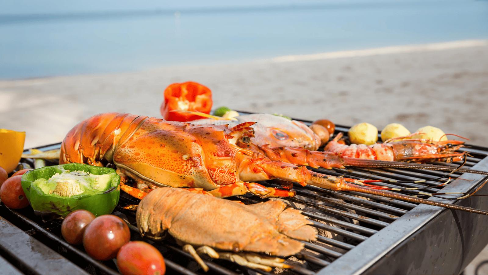 Thử trải nghiệm cảm giác thưởng thức tiệc nướng hải sản vô cùng hấp dẫn